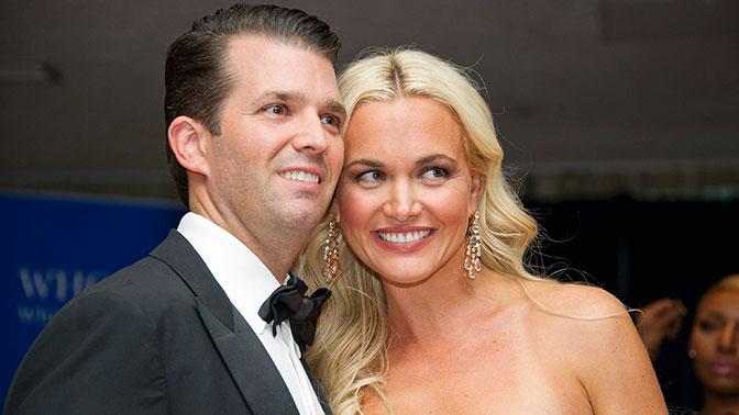 Супруга сына Трампа доставлена вбольницу после открытия конверта с неведомым порошком