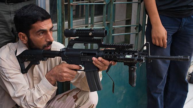 «Умеренная оппозиция» вСирии приторговывает вооружением США— Винтовки двойного назначения