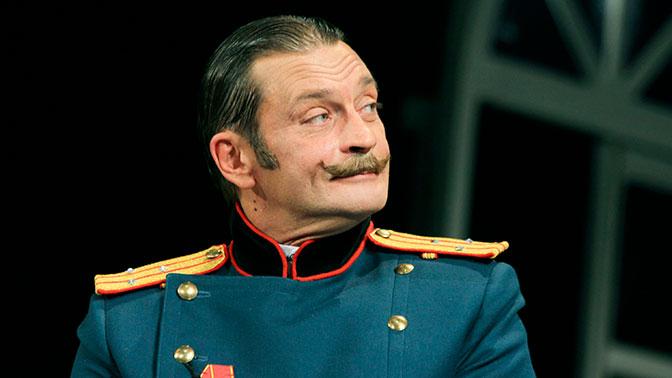 В театре Моссовета опровергли уход Домогарова из труппы