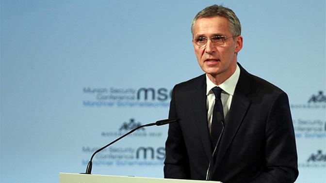 НАТО высылает дипломатов также из-за Крыма иДонбасса