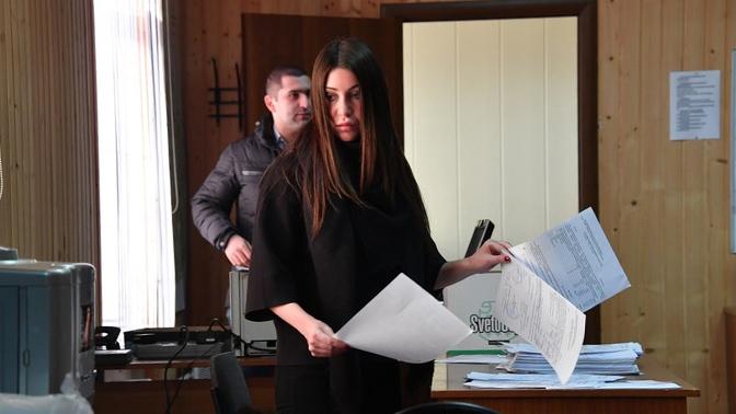 Мара Багдасарян похвасталась фото сводительскими правами