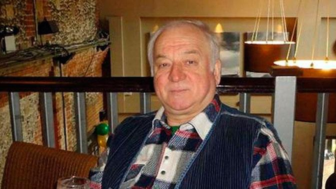 Положение Скрипалей все больше напоминает насильственное задержание – Посольство РФ в Лондоне