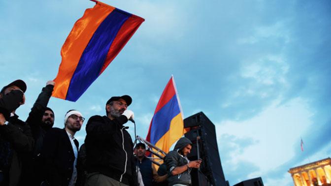 Лидер оппозиции заявил о готовности стать премьером Армении