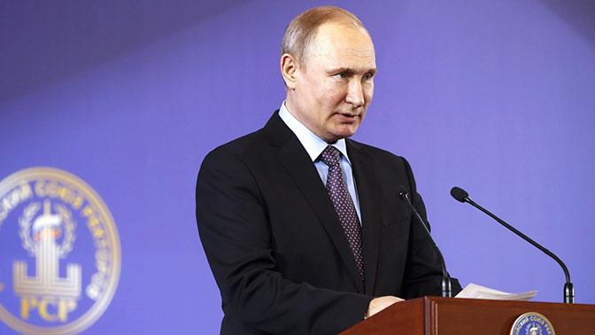 Путин рассказал о работе молодых специалистов над новыми системами вооружений