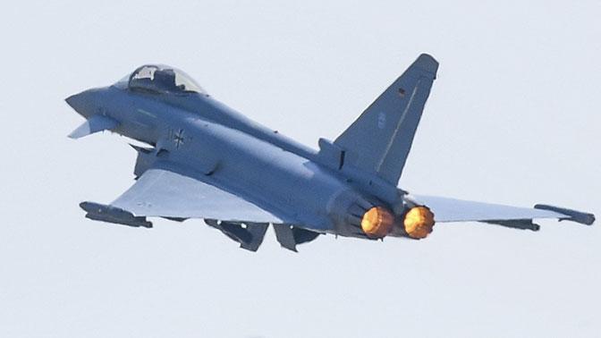 СМИ: немецкие летчики увольняются из-за нежелания воевать с НАТО против России
