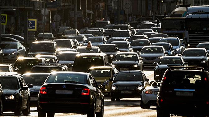 Назван топ-10 самых популярных автомобилей с правым рулем в России