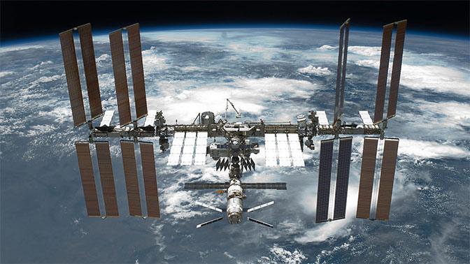 В Роскосмосе сообщили о коррекции орбиты МКС