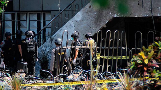Взрывы прогремели в 3-х церквях вИндонезии: 4 человека погибли