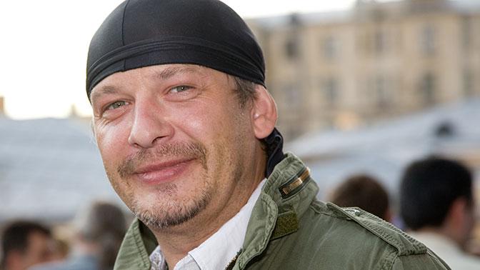 Заклеивали рты и не давали спать: над актером Марьяновым издевались перед смертью