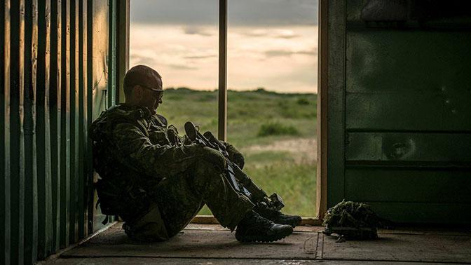 Минобороны Канады отбирает у своих военнослужащих спальные мешки и рюкзаки