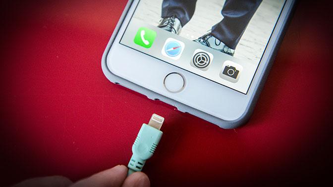 СМИ: Apple сменит разъем на новых моделях iPhone