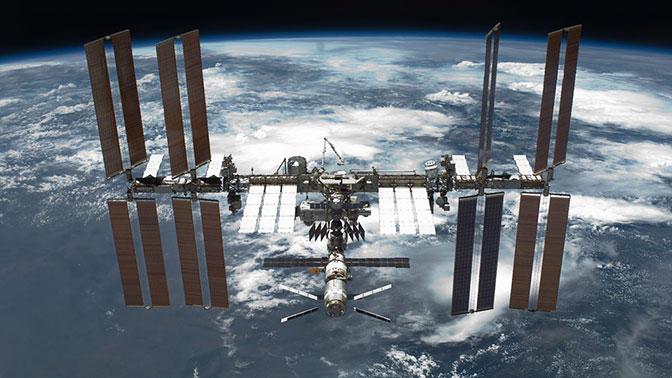МКС «приподнимется» над Землей на 700 метров