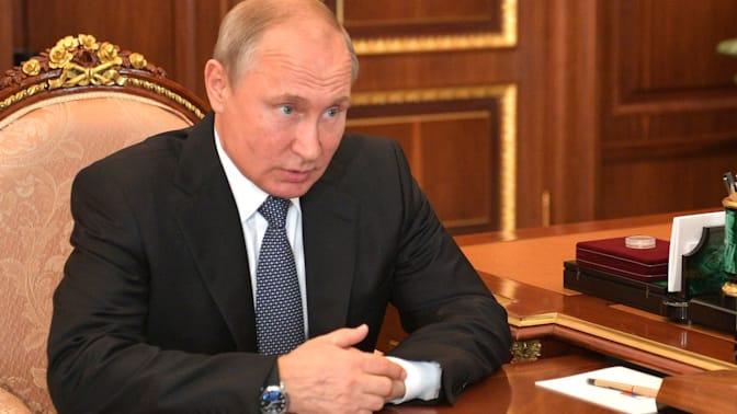 Путин продлил действие контрсанкций до конца 2019 года
