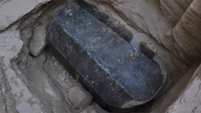 Исследователь рассказал, почему нельзя было вскрывать черный саркофаг в Александрии