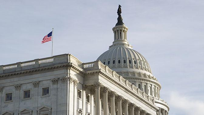 США заморозили исполнение Договора по открытому небу с Россией