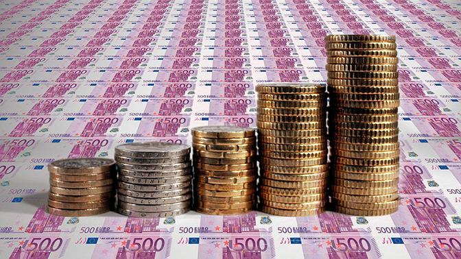 Впервые за неделю рубль укрепил свои позиции на торгах