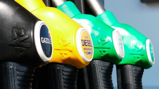 В ФАС спрогнозировали цены на топливо в 2019 году