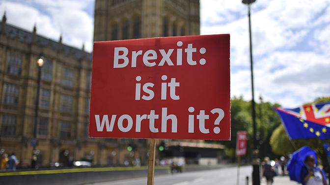 Вход бесплатно, выход – миллион: в Британии противники Brexit получили рекордные пожертвования