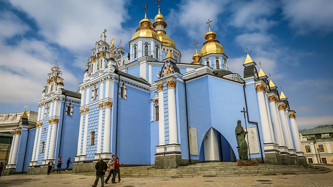 Украинские националисты готовят штурм Киево-Печерской лавры