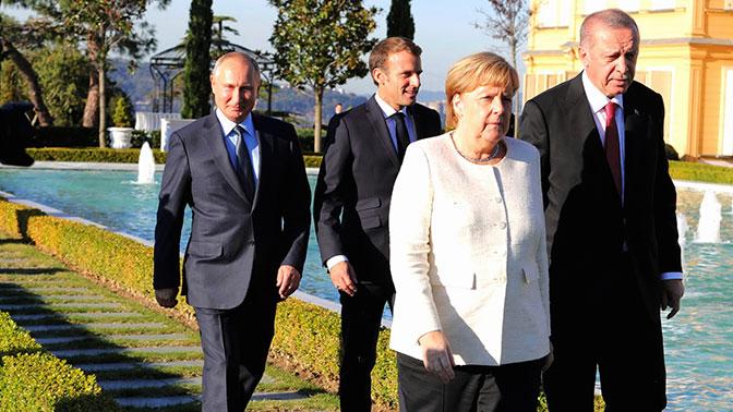 Песков рассказал о подарках Путина коллегам на саммите в Стамбуле