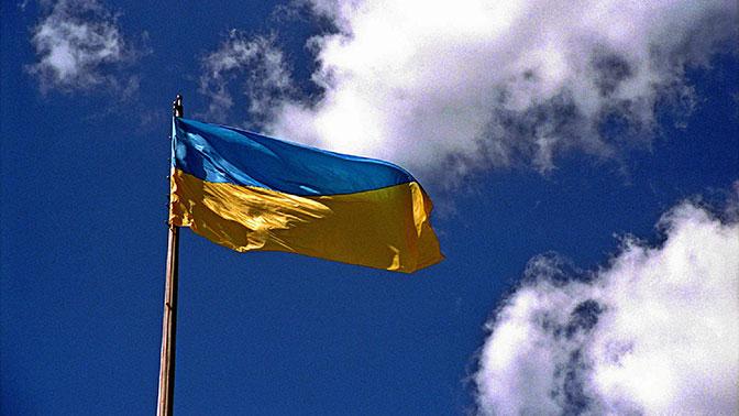 Сотни человек вышли на улицы Киева после смерти облитой кислотой чиновницы