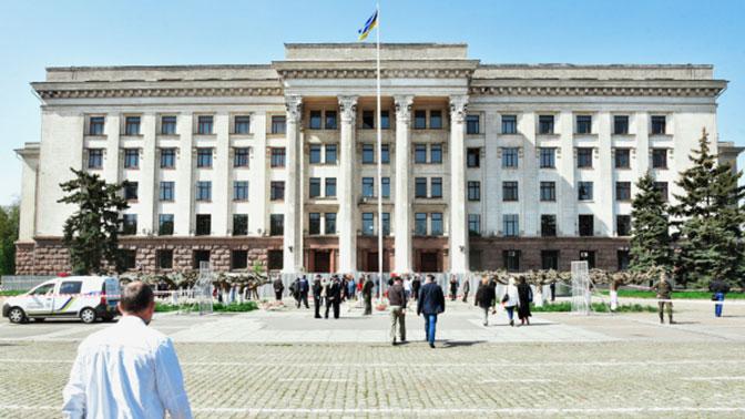 В Одессе хулиганы разрисовали памятник потемкинцам