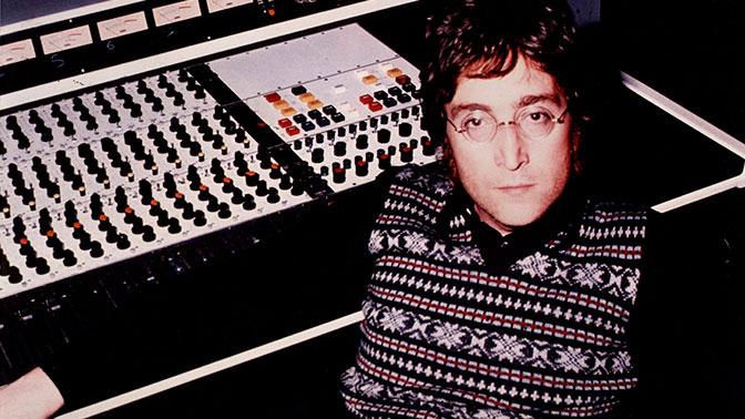 Убийца Джона Леннона объявил, что «испытывал колебания» перед преступлением