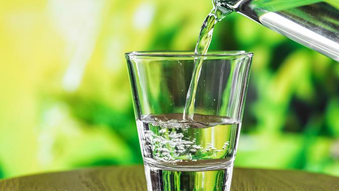 Ученые предупредили о неожиданной опасности употребления воды