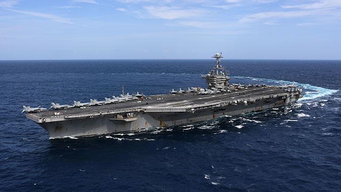 Авианосная ударная группа ВМС США начала учения в Средиземном море