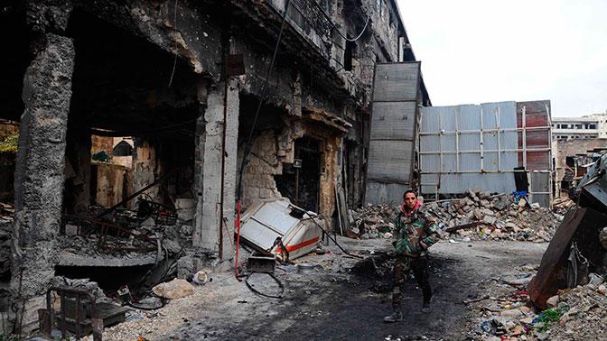 Один военнослужащий армии Сирии погиб в результате обстрелов боевиков