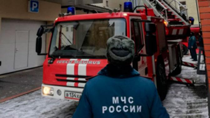 В Петербурге более 160 человек эвакуированы из-за пожара в научном центре