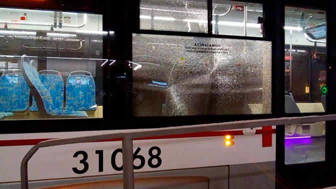 В Москве обстреляли семь трамваев