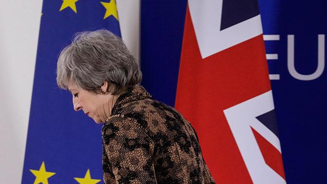 СМИ: за спиной Мэй готовят второй референдум по Brexit