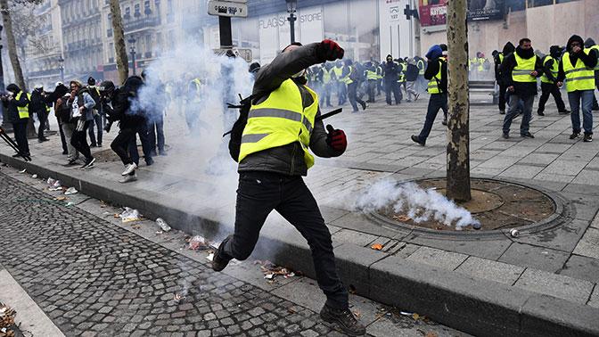 Оператор французских автострад подсчитал убытки от протестов «желтых жилетов»