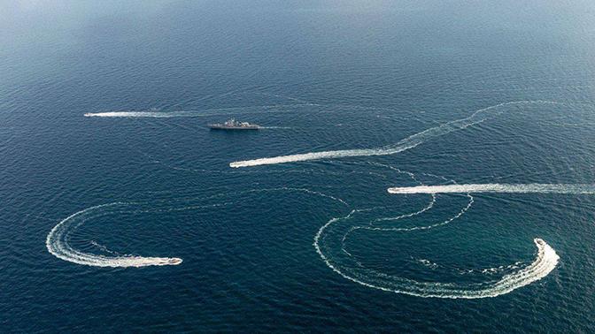 Киев объявил о подготовке нового прохода кораблей в Керченский пролив