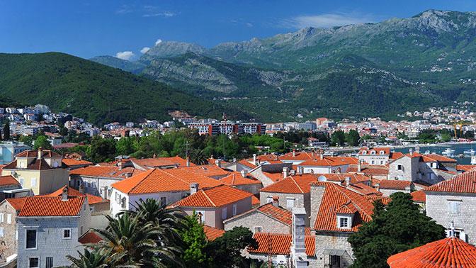 Черногория планирует добиться независимости церкви от Сербии