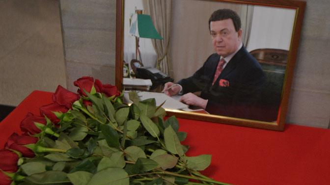 Евросоюз посмертно исключил Кобзона из черного списка по Украине