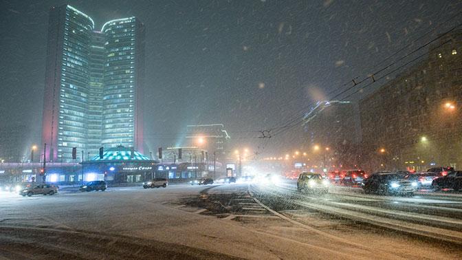 Сильный снегопад и гололедица ожидаются в Москве