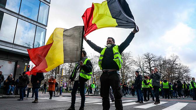 «Желтые жилеты» напали на дом экс-премьера Бельгии