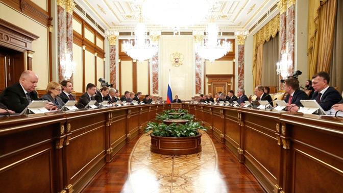 Строительство дорог и электронный паспорт: правительство опубликовало документы по нацпроектам