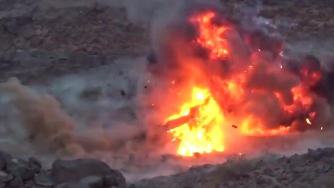 Взрывная мощь: уничтожение американской бронетехники попало на видео