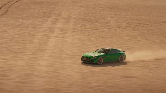 Незрячий водитель разогнал Mercedes до 200 км/ч