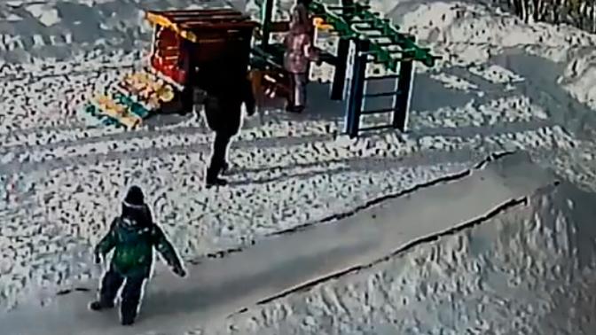Мать подвешенного на балке ребенка подала заявление в СК на детсад