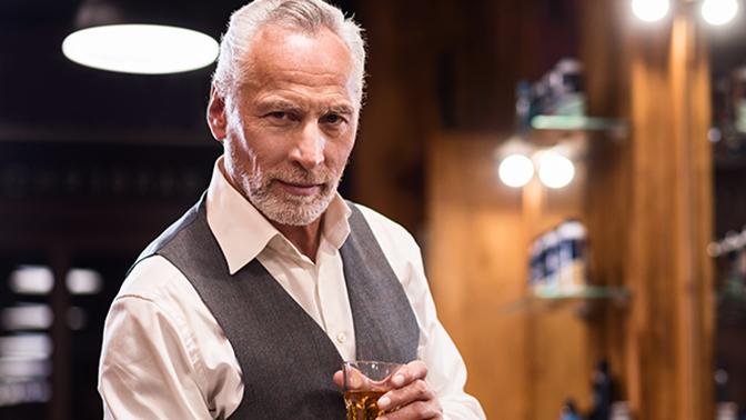 «Для здоровья»: ученые рассказали о пользе алкоголя для пожилых людей
