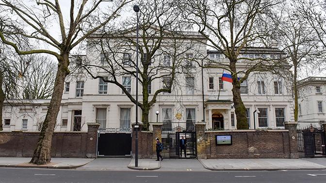 Посольство РФ покажет «необычную активность» британским спецслужбам