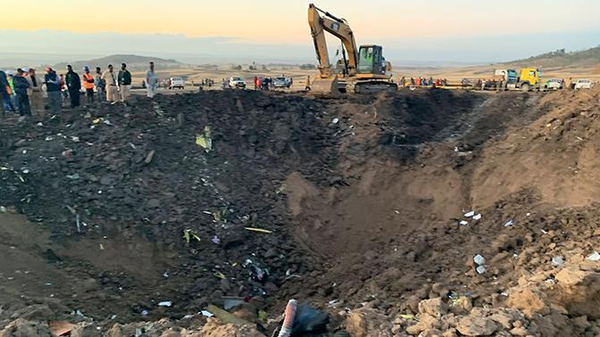 Заслуженный пилот РФ объяснил, что могло послужить причиной катастрофы Boeing 737 в Эфиопии