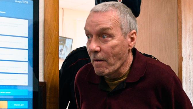 Прокуратура просит пять лет колонии для отца полковника Захарченко