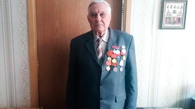 """""""Enveloppé dans les cheveux et les vêtements des morts"""": un prisonnier d'Auschwitz a parlé du sauvetage du camp"""