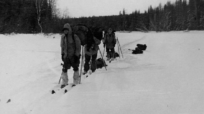 Стихия, манси, йети и НЛО: названы основные версии трагедии на перевале Дятлова