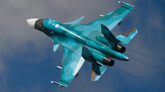 Первый польский космонавт назвал гениальным бомбардировщик Су-34